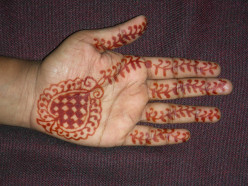 How to make Henna Tattoo
