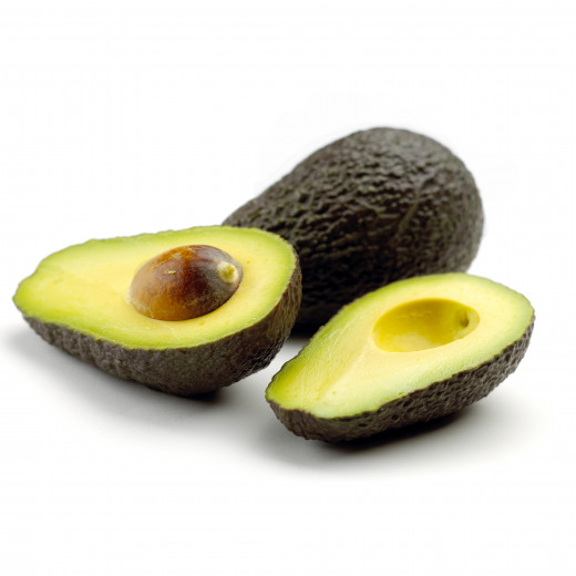Avocados are extremely rich in vitamin E .