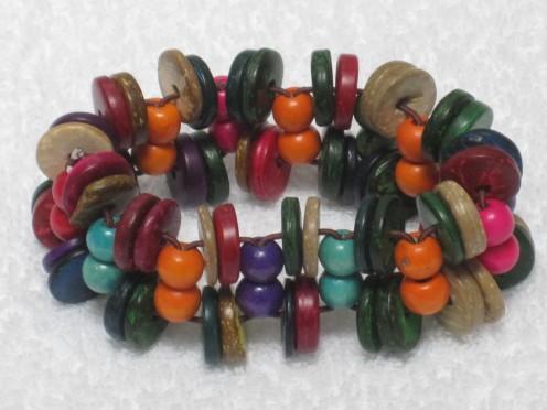 Bracelets made of tagua