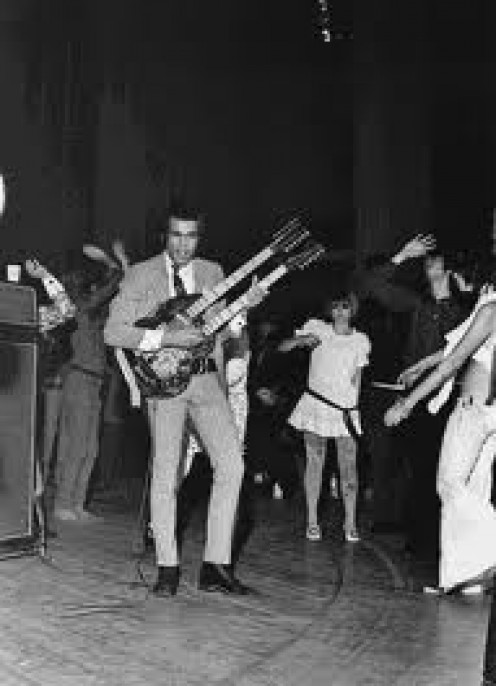 Love's guitarist Johnny Echols on stage at The Hullabaloo Club in 1966 after the release of DaCapo.