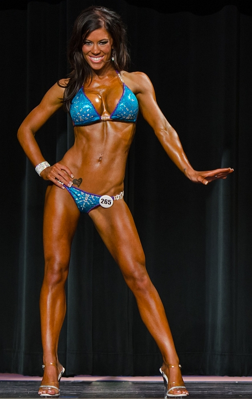 Madison Rayne at the Main Stage Muscle's Victory Classic