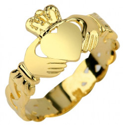 10k Yellog Gold Claddagh Ring With Trinity Band