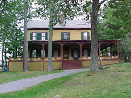 Grant's final residence in Mt. McGregor.