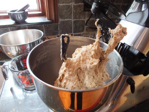 Once the liquid is in you will have to switch to the bread hook or knead the dough by hand for 10 minutes.