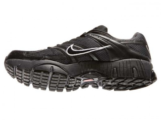 Example of running shoes with superior traction. Shoes: Nike Zoom Structure Triax+ 13 GTX