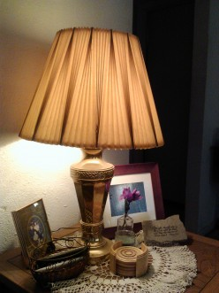 The size of the lampshade is important to the overall look of the lamp.