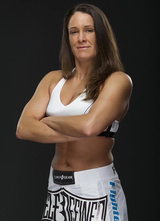 Tara LaRosa - MMA Women