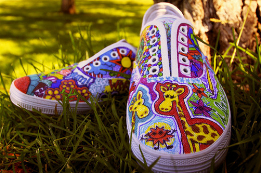 Shoe art with sharpies. CC BY-ND 2.0, via Flickr.