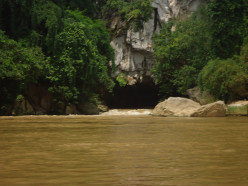 Visiting Kong Lo Cave in Laos