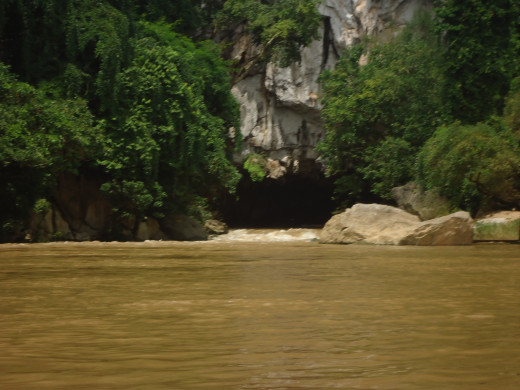The Mouth of the Kong Lo Cave