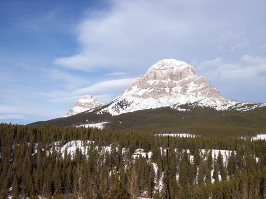 Crowsnest Mountain - Winter Beauty