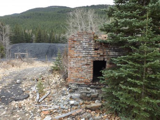 Abandoned Structure in Lille, Alberta