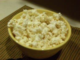 The love of popcorn is something both humans and birds share in common.  Looks good--think I'll go make some right now!