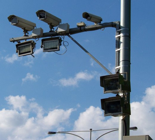 Public sentiment seems to be growing against the use of red light cameras.