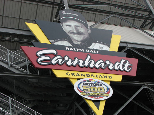 Earnhardt's likeness at Daytona International Speedway