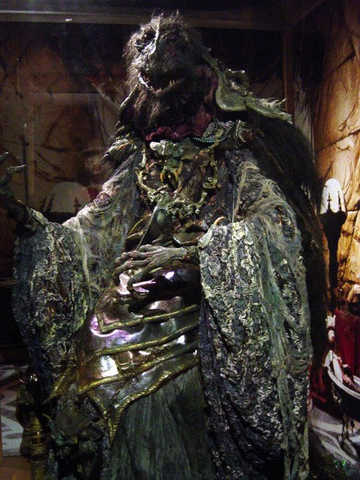 A Skeksis, one of the bad guys in the movie. Scary looking, isn't he?