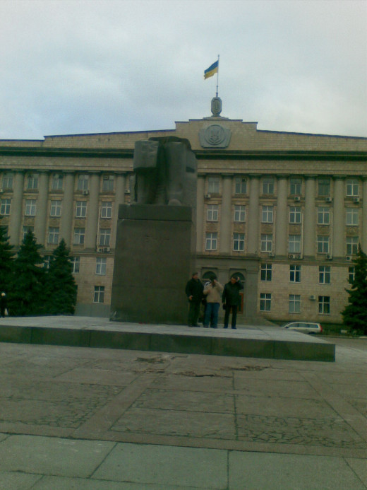 Nowadays Monuments of Lenin are ruined and broken almost everywhere in the ex USSR countries.