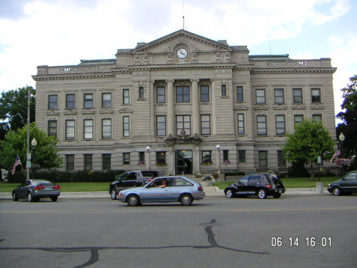 Aubrn, Indiana Dekalb County Courthouse