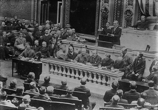 Wilson addresses Congress after Income Tax Amendment passed.