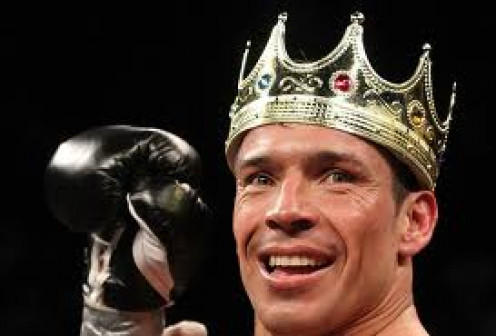 Sergio Martinez is a great Middleweight Champion. He can box with speed and skill but he can flatten you with one shot.