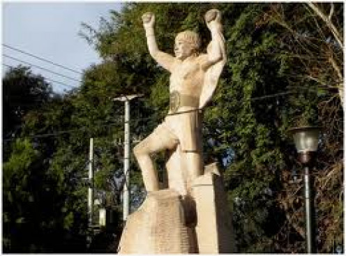 A statue was erected in Argentina honoring Carlos Monzon. He defended the 160 pound crown 14 straight times before retiring as champion.