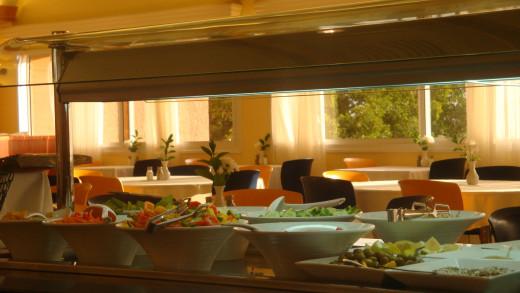 Prima Hotel Dinning Area