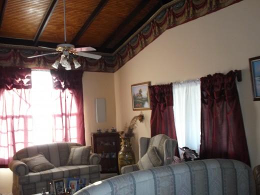 Uncle Noel's living room