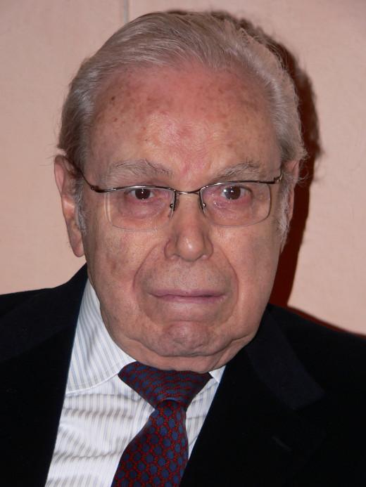 Javier Pérez de Cuéllar, former UN Secretary General and alleged abduction witness.