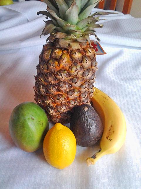 Pineapple, Papaya, Lemon, Avocado and banana