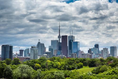 Toronto skyline as seen from Riverdale Park