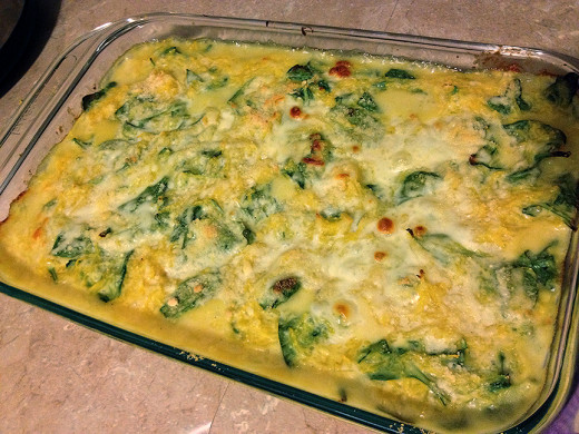 Healthy Recipes: Baked Spaghetti Squash with Baby Spinach and Cheese