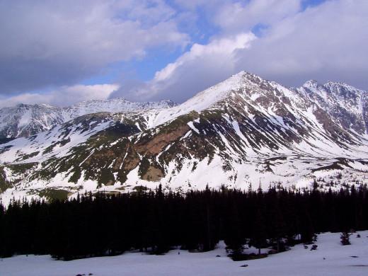 Beautiful mountain range in Poland, showing the Zolta Turnia Peak