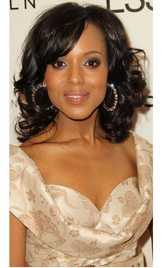 Kerry Washington with soft curls and relaxed hairstyle