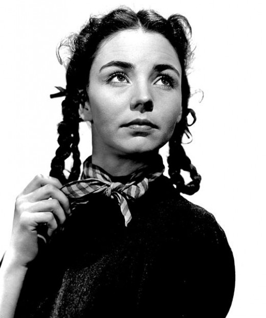 Jennifer Jones as Bernadette