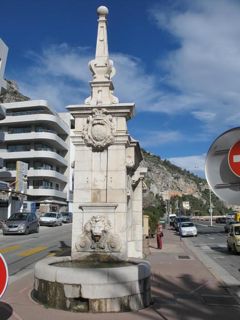 Fountain in Menton (Alpes-Maritimes, France), near the port of Garavan