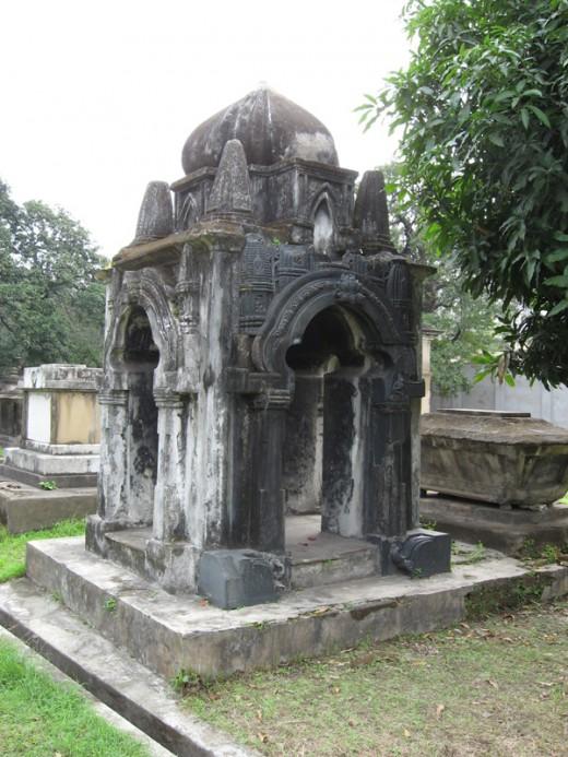 Hindoo Staurt's Tomb