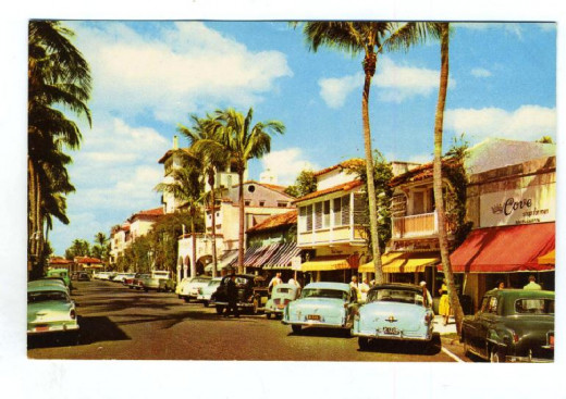 A classic postcard of Worth Avenue the Rodeo Drive of the east coast.