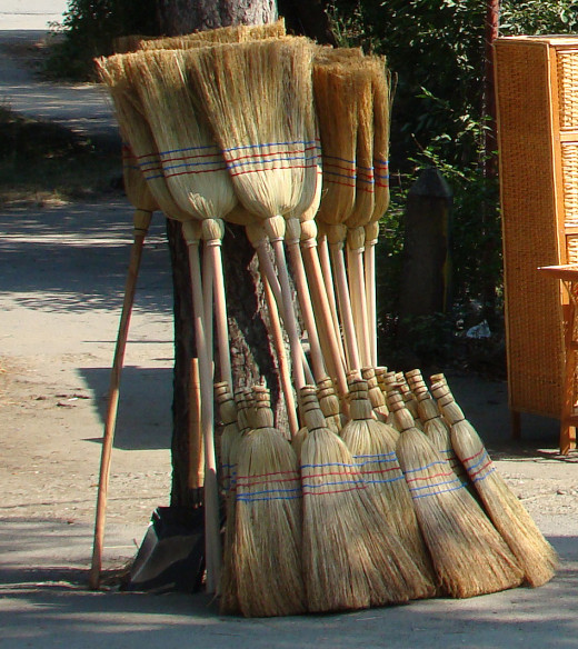 Sorghum-made brooms with long handles as well as short handles