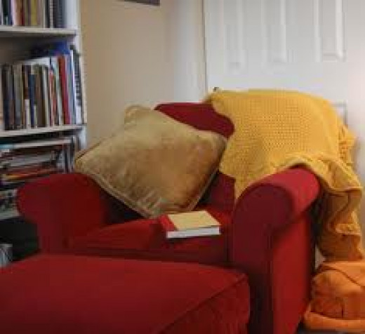 Don't you wish you were sitting here right now? AND reading a cozy mystery novel? AND drinking a cup of tea? Could anything be more heavenly --- other than actual Heaven?