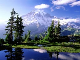 Mount Rainer, the centrepiece of Mt. Rainer National Park in Washington.
