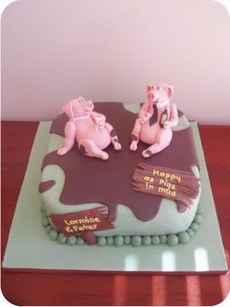 This would make a wonderful cake for your anniversary.  Just decorate a sheet cake..