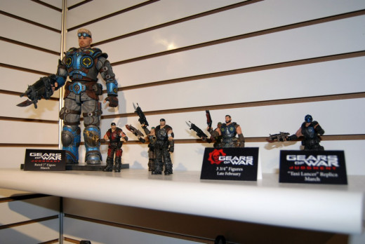 Lt. Baird figure compared to the Gears of War 3 action figures (season 2)