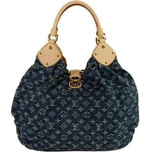 Louis Vuitton Bag @Bagborrowsteal.com