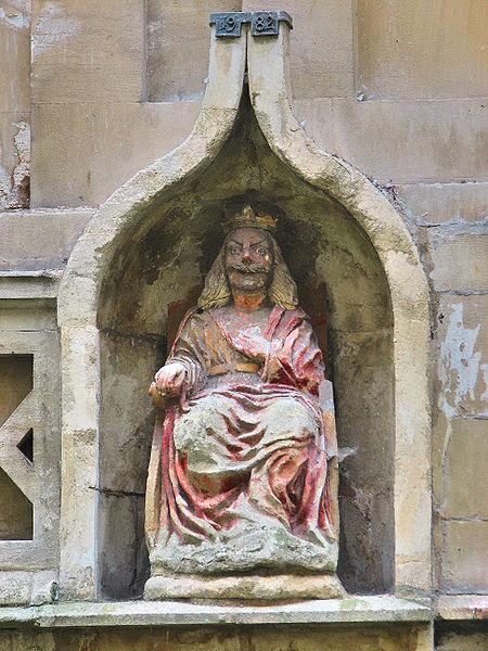 Statue of Bladud in the Roman Baths