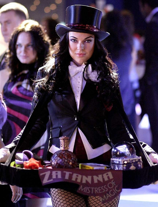 Serinda as Zatanna on Smallville