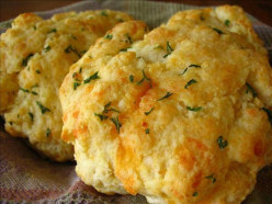 How to cook Red Lobster Cheddar Bay Biscuits Using Pancake mix