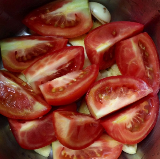 Tomatoes are used in stewing fish.