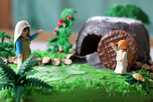 Cake displaying the scene at the tomb on Easter morning.