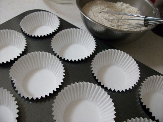 Lining Muffin Tins with Paper Cups