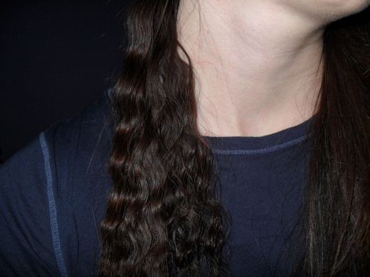 How to braid your hair to get the crimped look